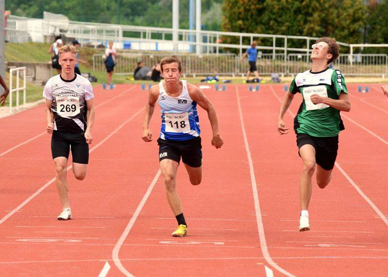 100m (C) Alexander Röhrenbacher