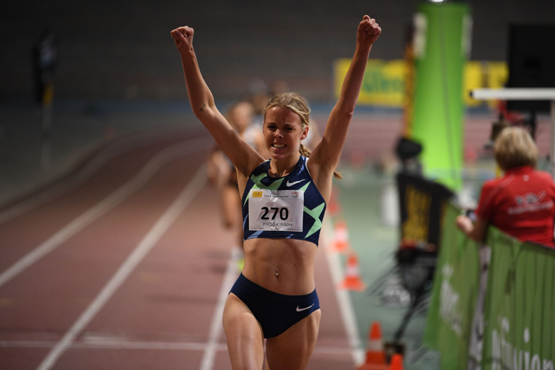 Keely Hodgkinson 800m U20 Indoor World Record (c) ÖLV / Alfred Nevsimal