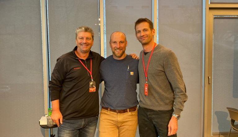 Wolfgang Adler und Philipp Unfried mit Dale Stevenson bei der Shot Put Conference in Tallinn