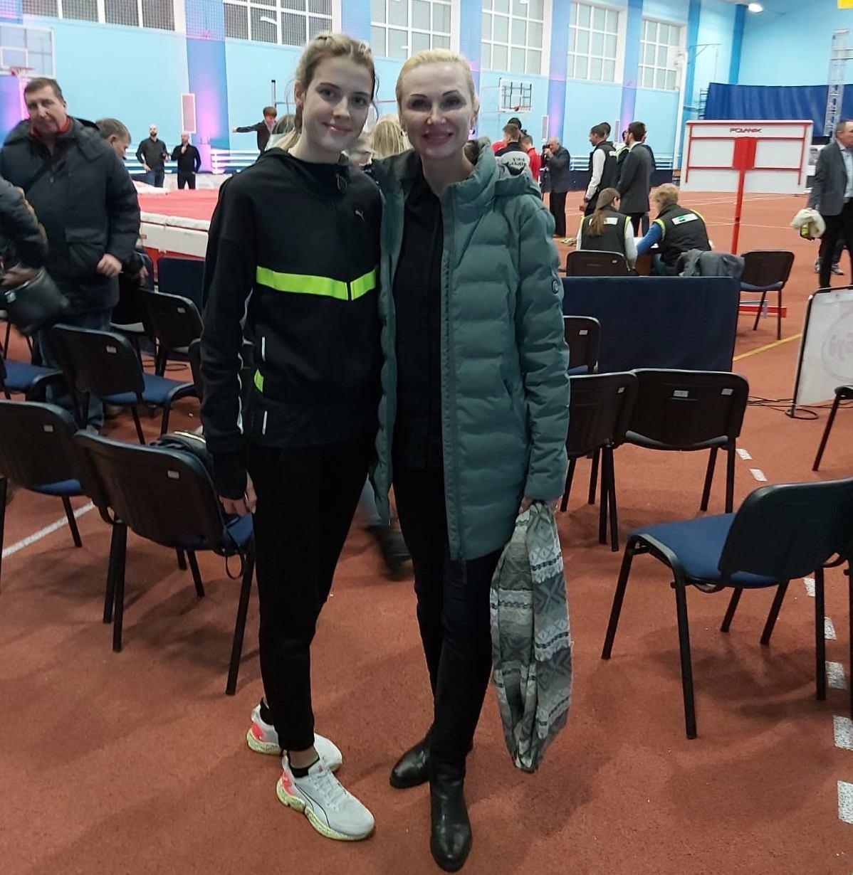 Inga Babakova und Yaroslava Mahuchikh