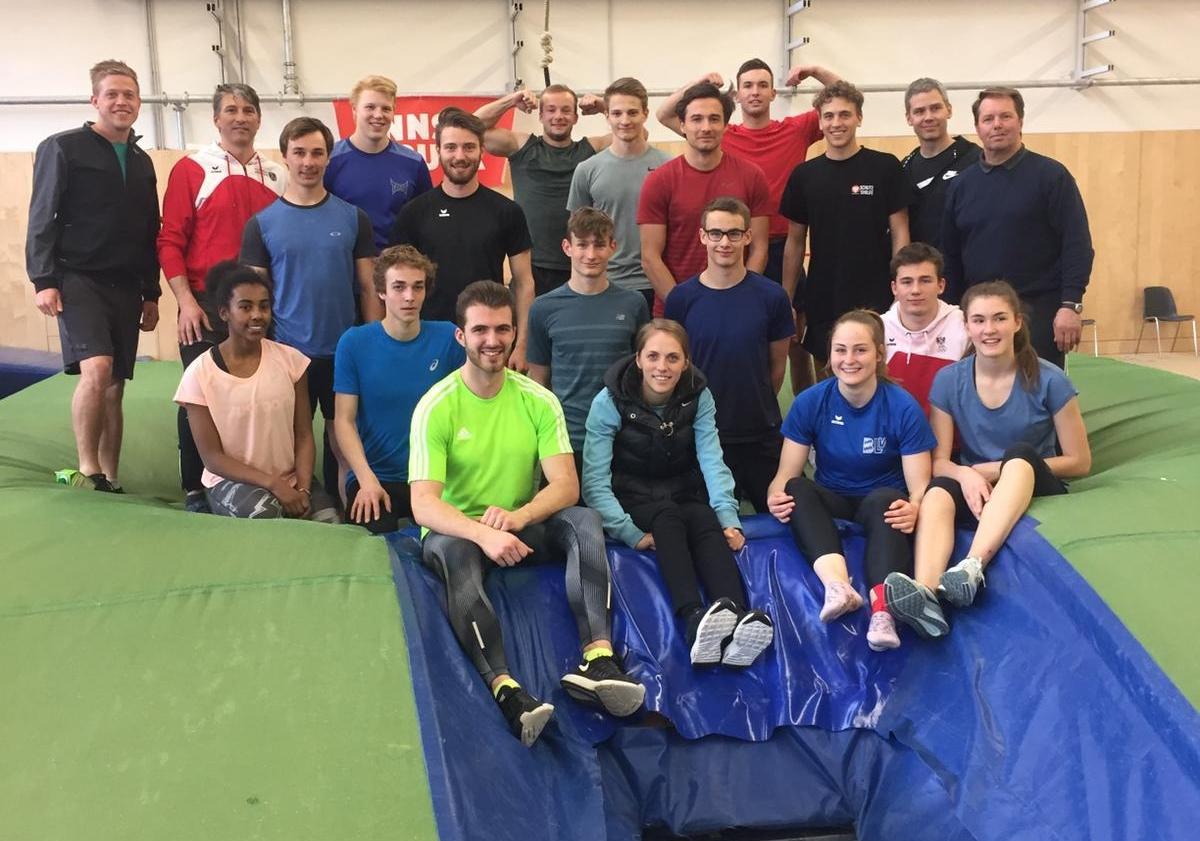 Stabhochsprung-Trainingslehrgang in Innsbruck